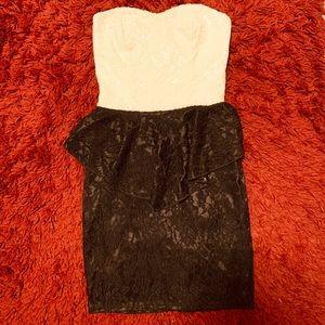 Tobi Heart Peplum Lace Dress